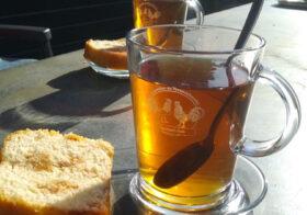 Geniet van uw thee-glas!
